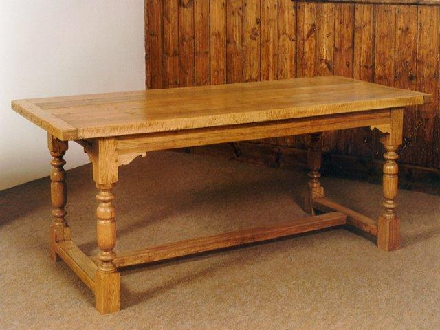 kinds of furniture georgian cedarberrys best kept secret is that we do hand craft all kinds of custom made furniture to match each customers specifications cedarberry furniture refinisherschair caningcustom made
